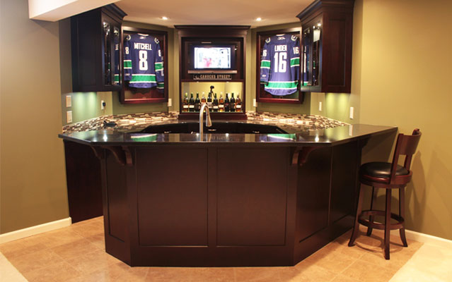 The must have s for the wet bar in your home Wet bar images